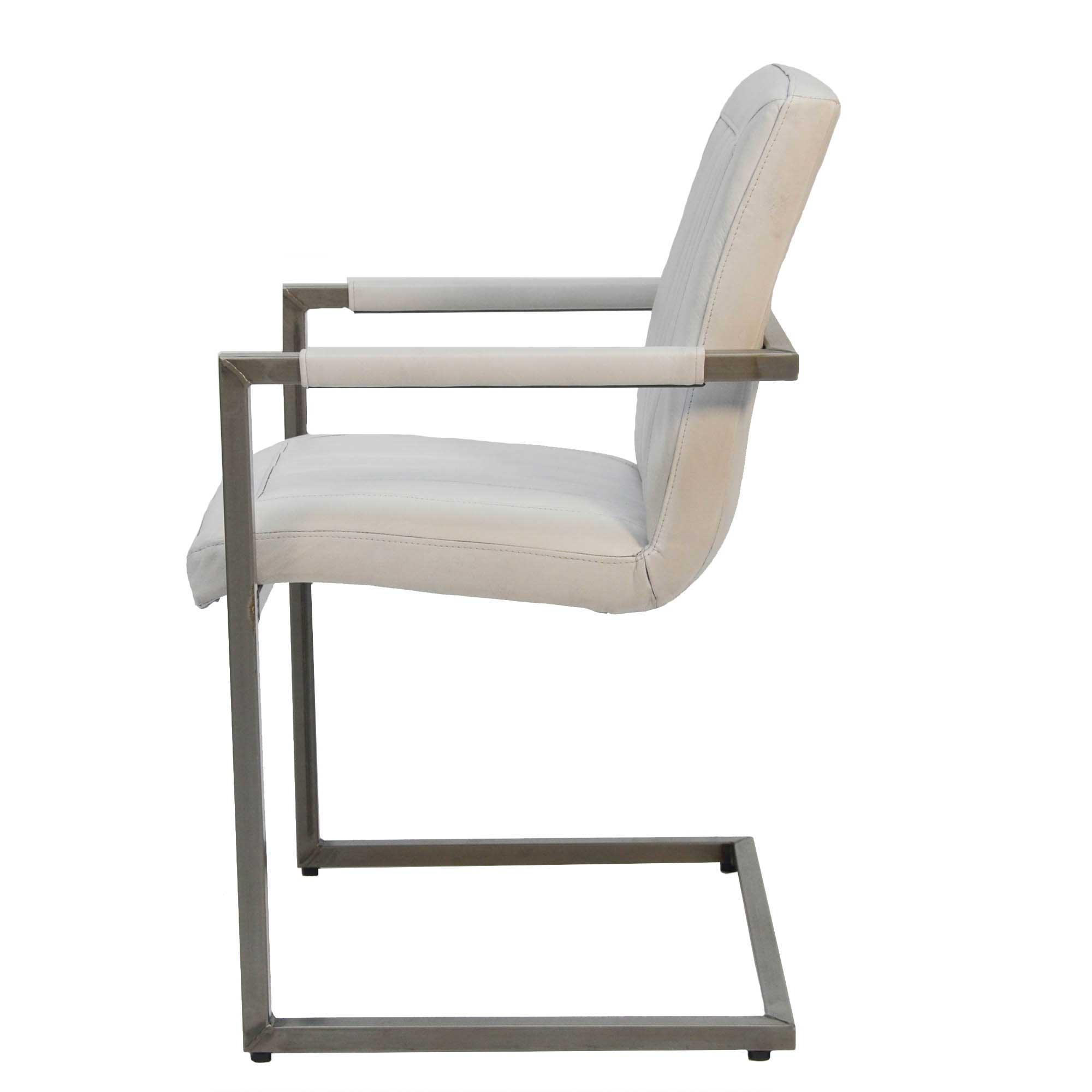freischwinger christy aus echtem b ffelleder livior. Black Bedroom Furniture Sets. Home Design Ideas