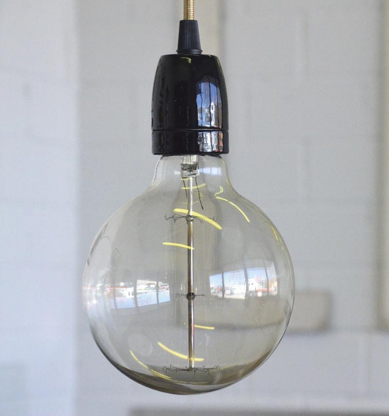 die bulb lampe large einzigartiges ambiente f r ihren. Black Bedroom Furniture Sets. Home Design Ideas