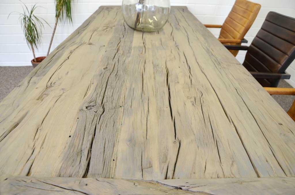 Rittertafel Esstisch aus hochwertig recycelter massiv Holz Eiche ab ...